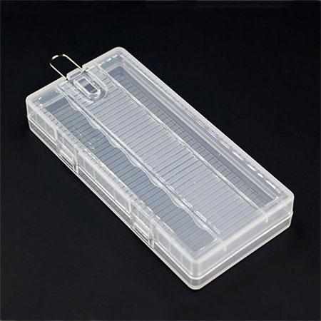 Пластиковый бокс для аккумуляторов AA